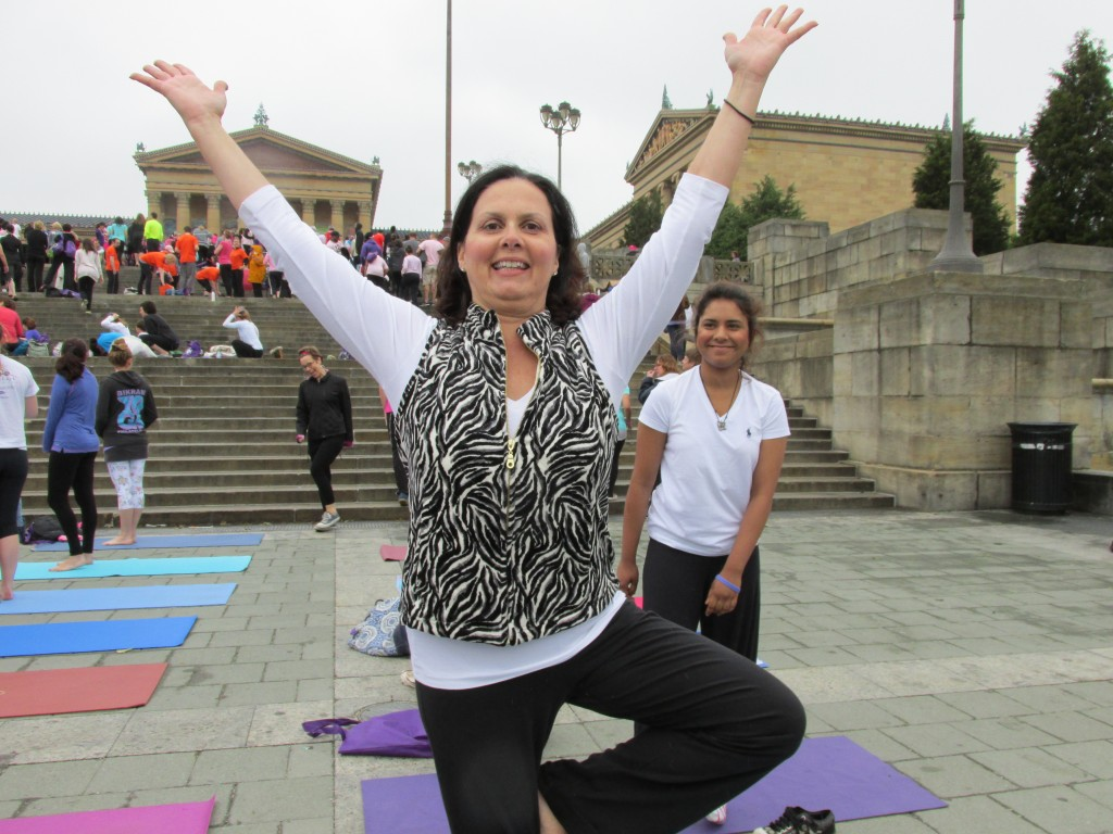 Liz Barker at the Philadelphia Art Museum during LBBC Yoga on the Steps